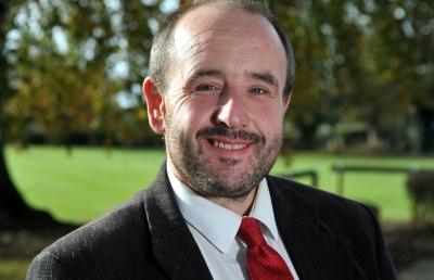 Dr Andrew Hemmings